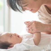 赤ん坊とお母さん